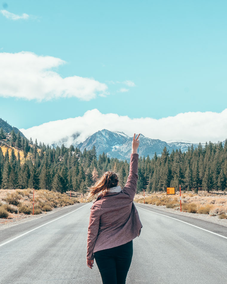 Photo de voyage en Californie sur la route 158 à June Lake, Californie.